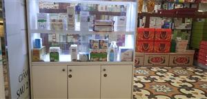Sản phẩm công ty được bày bán rộng rãi tại các nhà thuốc